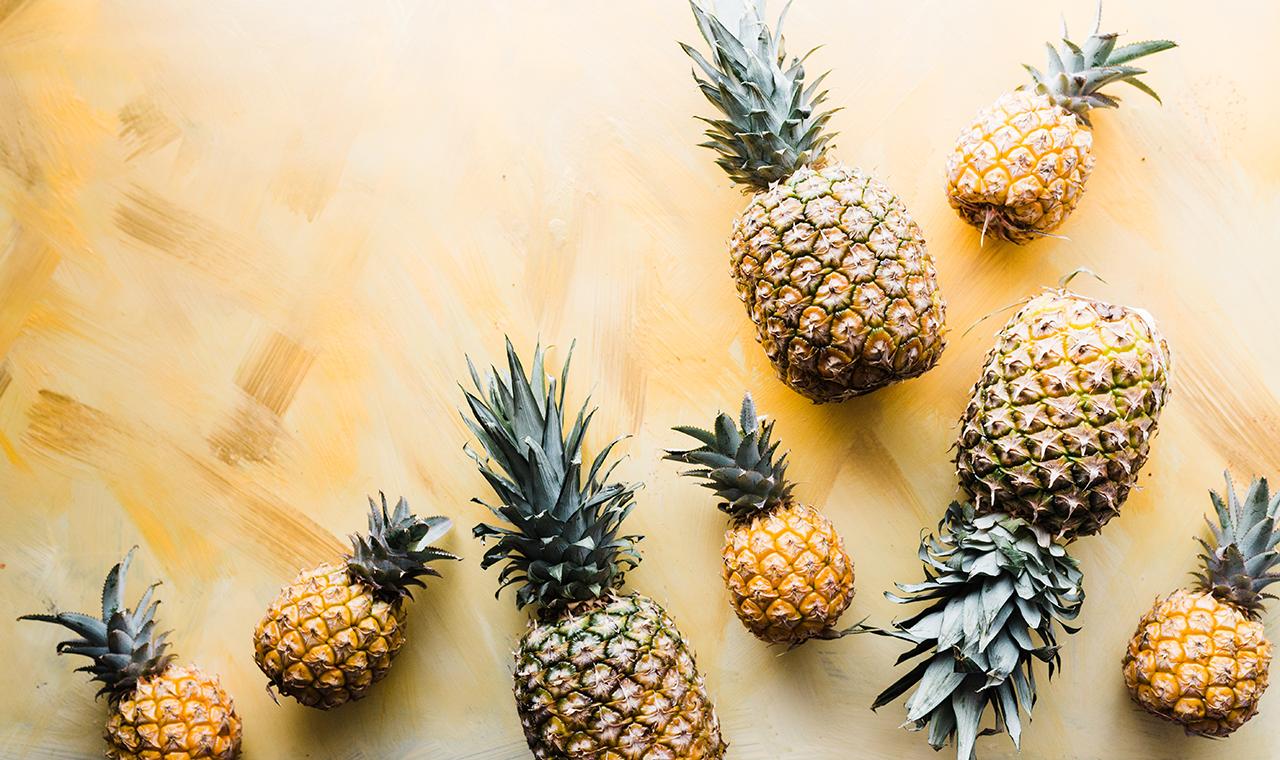 Grillezett ananász tojáshabbal